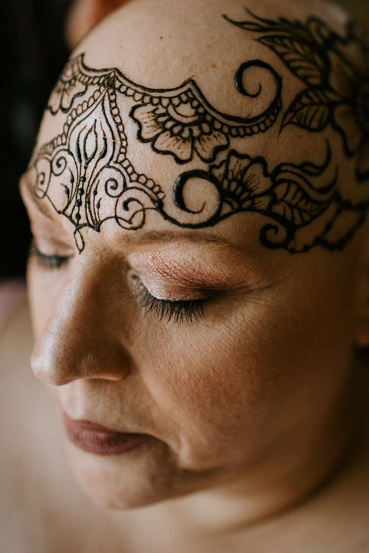 Henna Crowns Of Courage   Bringing Courage To Cancer