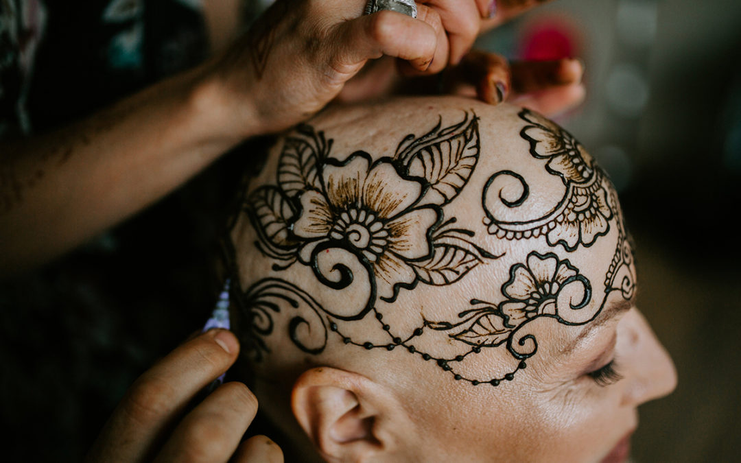 11 Healing Benefits of Henna